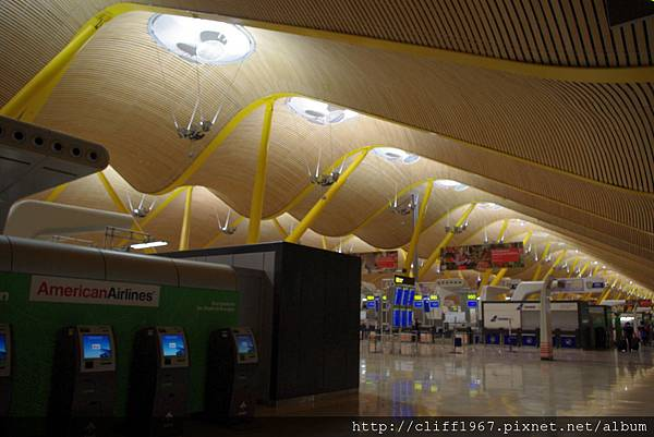 馬德里國際機場第四航廈
