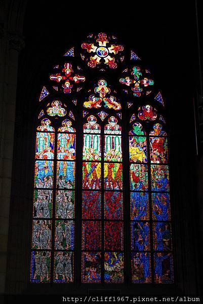 精緻彩繪玻璃