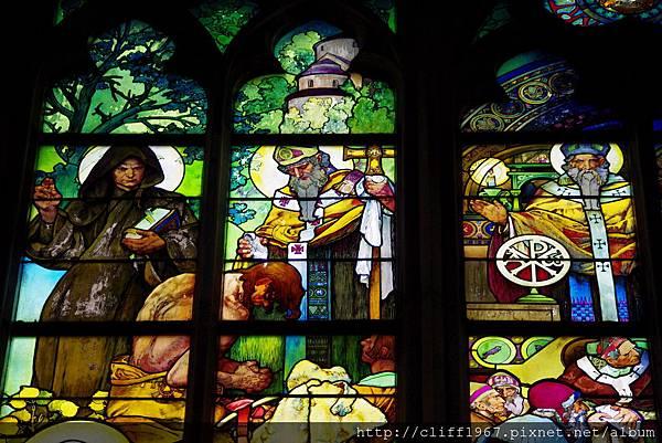 聖維特大教堂--慕夏之窗