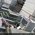 THE DOORS合唱團主唱--吉姆莫里森之墓