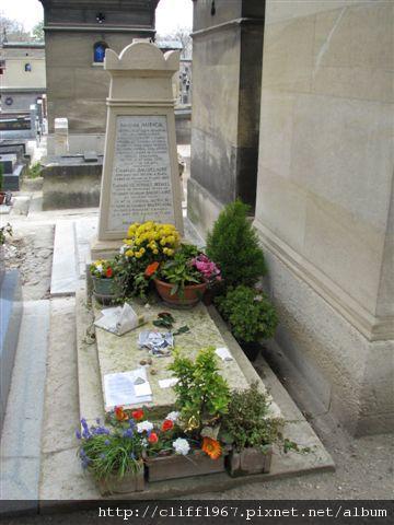 法國詩人--波特萊爾之墓