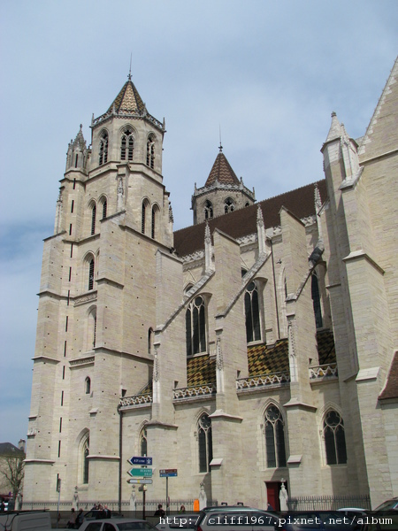 聖貝理尼大主教教堂