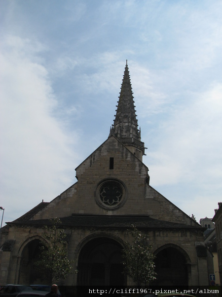 聖菲利貝爾教堂