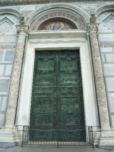 主教堂(Duomo)大門