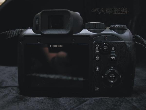 Fuij FinePix S200EXR 06.jpg