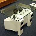 playstation-controller-coffee-table_02_NToSt_17621.jpg