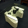 playstation-controller-coffee-table_07_Md7lZ_17621.jpg