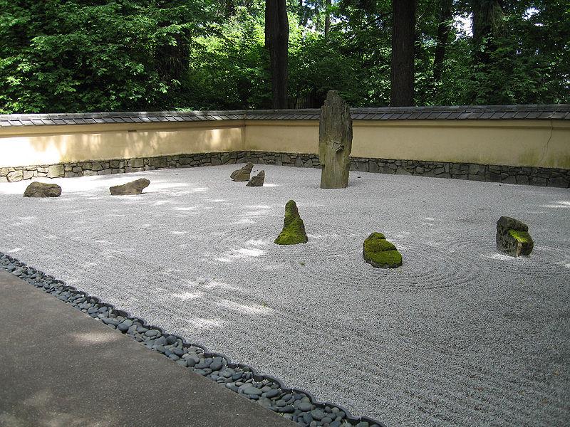 Zen_garden3.jpg