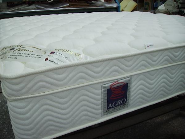 (8)床墊完成品側面.JPG