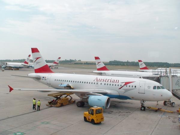 維也納航空