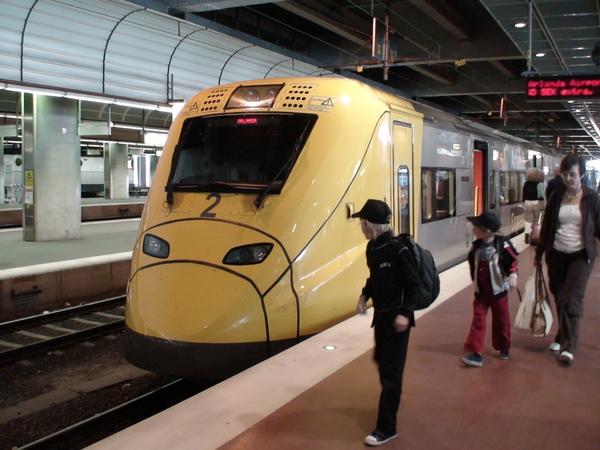 往返斯德哥爾摩機場與市區的高速火車