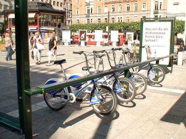 斯德哥爾摩街頭的出租腳踏車