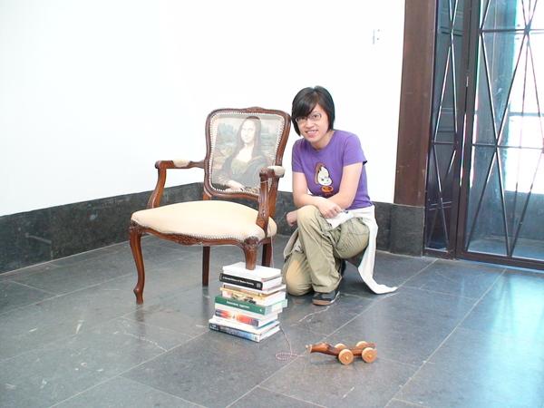 缺了椅腳的蒙那麗莎