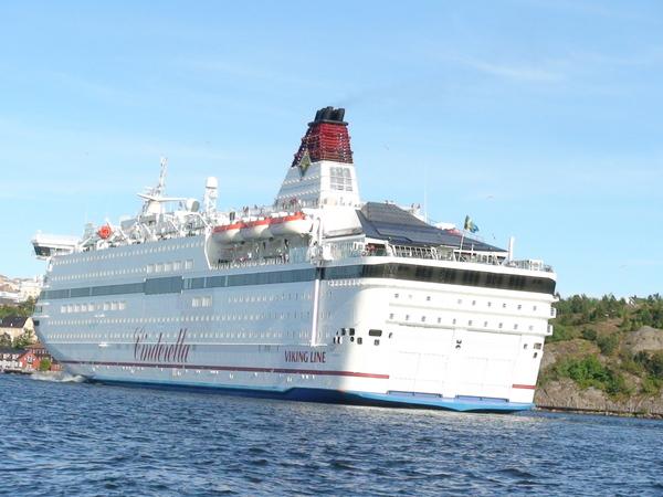 航行於哥本哈根與斯德哥爾摩之間的維京號