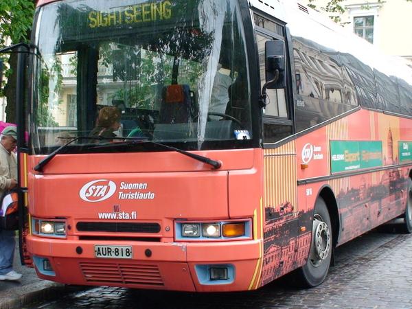 用赫爾辛基卡可以免費坐觀光巴士導覽