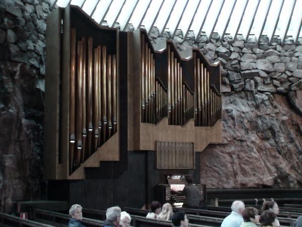 石洞大教堂的管風琴