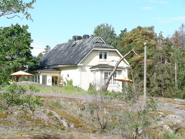 島上的小屋