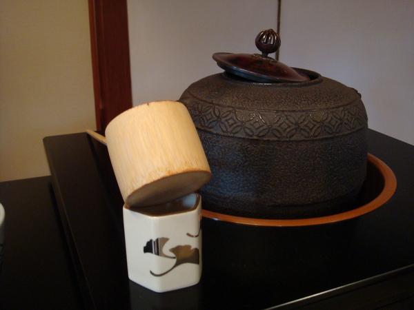 水勺與熱水壺