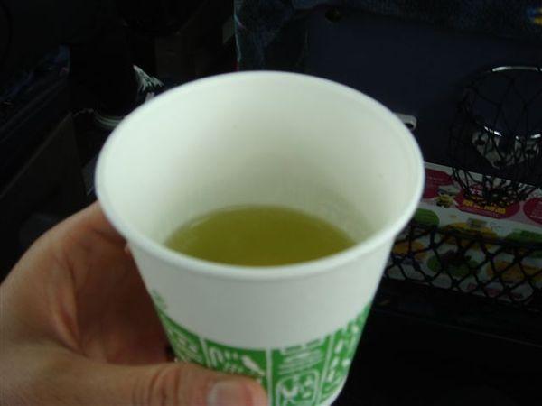 067鴿子巴士上的熱茶.JPG