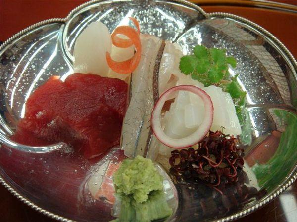 353生魚片.JPG