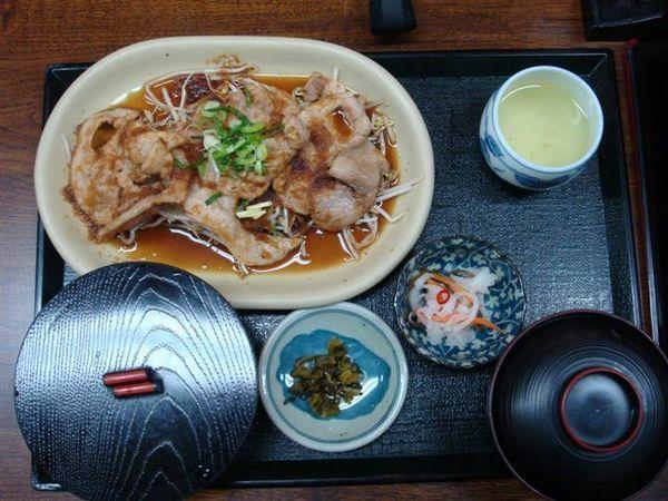 421午餐薑汁豬肉片.JPG