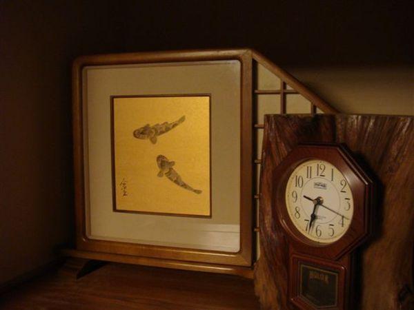 522時鐘與壁飾.JPG