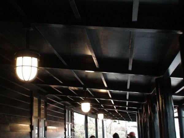 595車站的屋頂.JPG