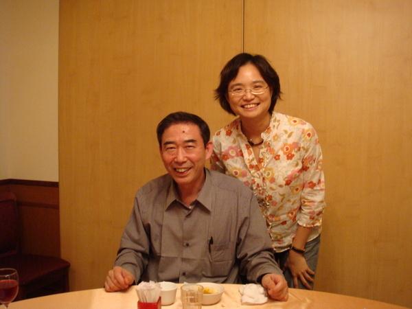 我與神崎老師合影