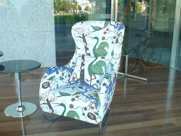 很漂亮的椅子.JPG