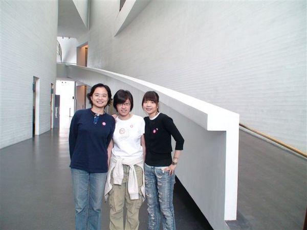 現代美術館.JPG