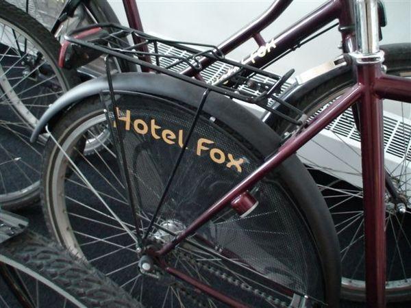 飯店的腳踏車.JPG