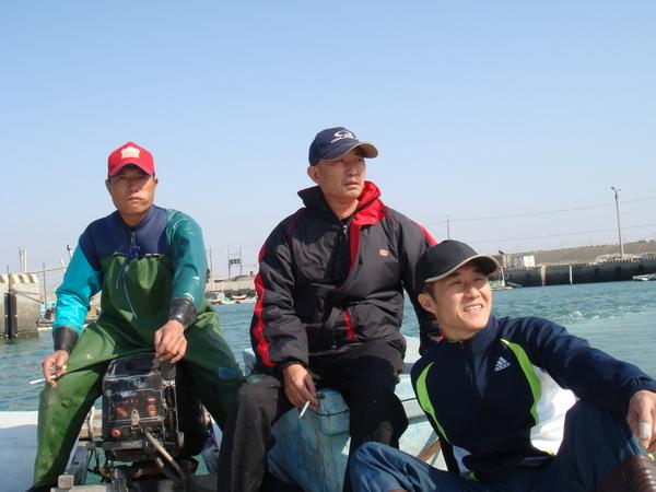 叔姪三人出海去