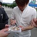 健一幫我的日版CD簽名