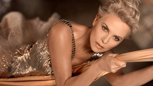 charlize-theron-dior-hed-2014