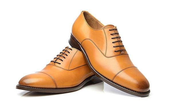 Tan-Cap-Toe-Oxford-without-Heel-Cap-and-6-eyelets-with-burnished-cap-toe-No-549-by-Shoepassion