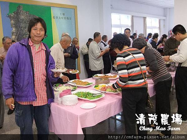 102年度雲林縣口湖鄉農民節有功人員表揚大會-會後餐敘 (8)