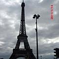 巴黎-艾菲爾鐵塔1.JPG