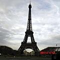 巴黎-艾菲爾鐵塔3.JPG