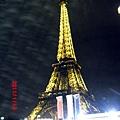 巴黎艾菲爾鐵塔夜景1.JPG