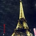 巴黎艾菲爾鐵塔夜景2.JPG