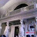 巴黎-羅浮宮內部2.JPG