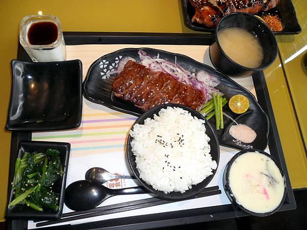 2014.01.27.定食8明誠店 10.JPG