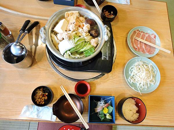 京都-相撲火鍋午餐  04.JPG