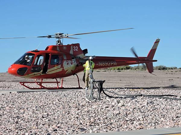 大峽谷西緣-直升機乘船遊峽谷  05.JPG