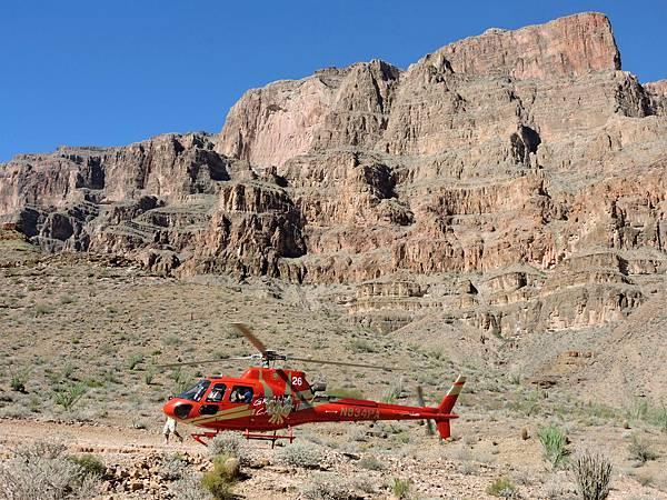 大峽谷西緣-直升機乘船遊峽谷 40.JPG