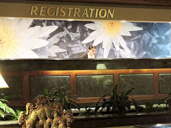 佛雷斯諾-FRESNO HOTEL &CONFERENCE CENTER 06.JPG