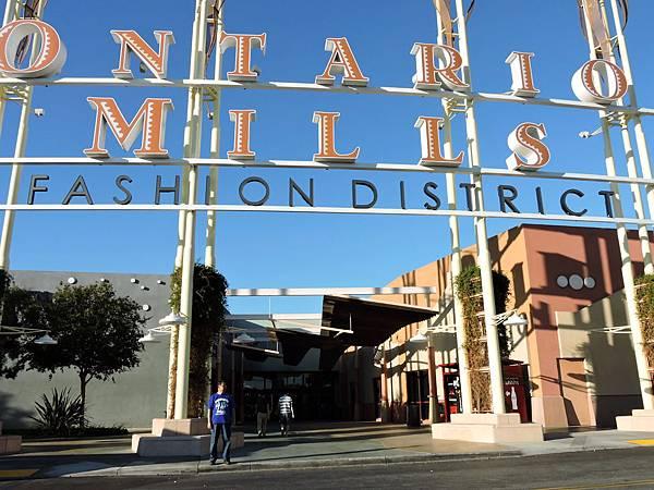 洛杉磯-ONTARIO MILLS 01.JPG