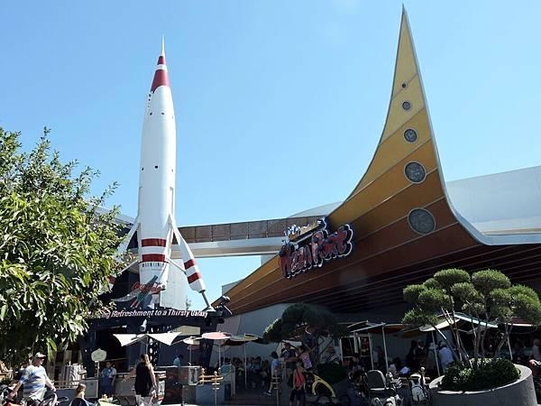 洛杉磯-迪士尼樂園 45(太空山).JPG