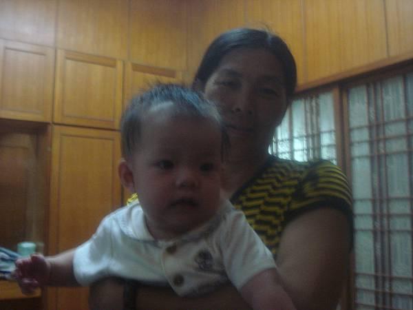 媽媽和琪琪