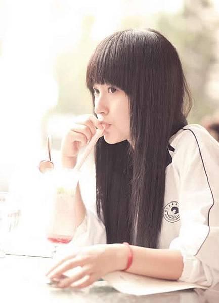 20100815-schoolgirls6.jpg